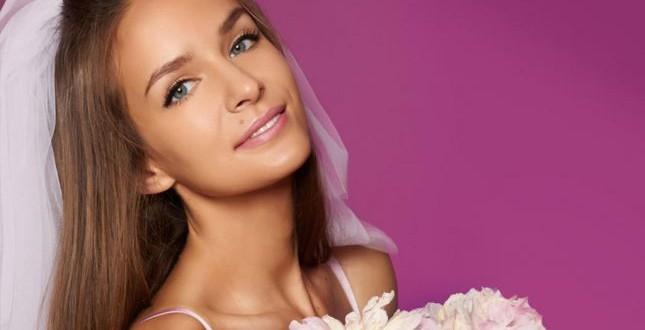 للعروس:كيف تحصلين على بشرة سمراء مثالية قبل الزفاف؟