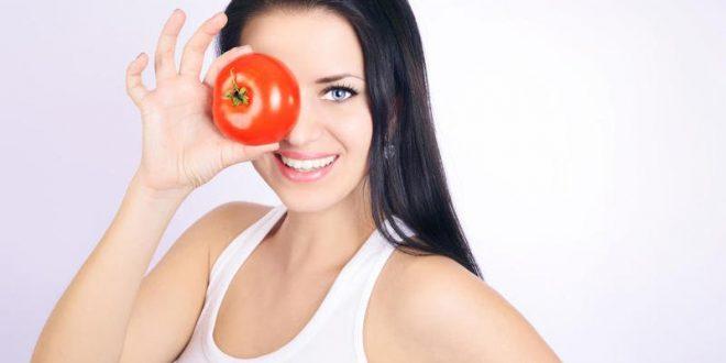 الطماطم والبشرة الدهنية