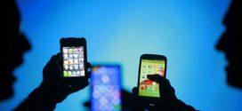مع زيادة الاختراق والتجسس  الهواتف الذكية تثير الذعر داخل العائلات العربية