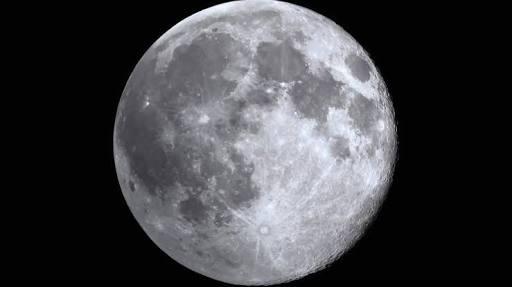 أسرار القمر وعلاقته بالأرض