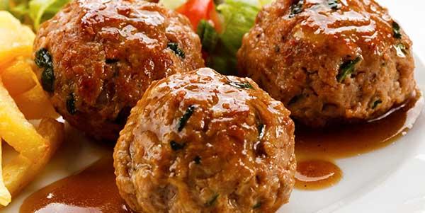 كيفية عمل كرات اللحم بالبطاطس