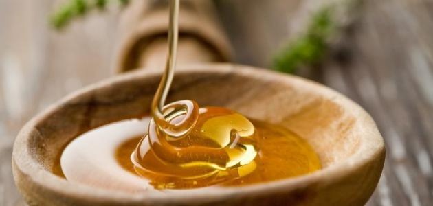 عسل النحل قناع مفيد للبشرة الدهنية