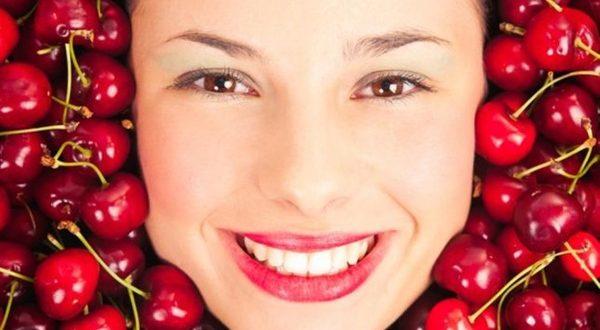 فوائد الكرز لجمال بشرتك