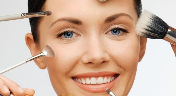 طرق للحصول على أنف مثالي دون عملية التجميل