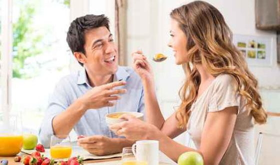 أطعمه يجب عليك تناولها قبل العلاقة الحميمة