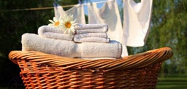 كيفية غسل الملابس البيضاء