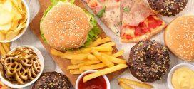 تجنبي هذه الأكلات حتى لا تصابي بسرطان الثدي